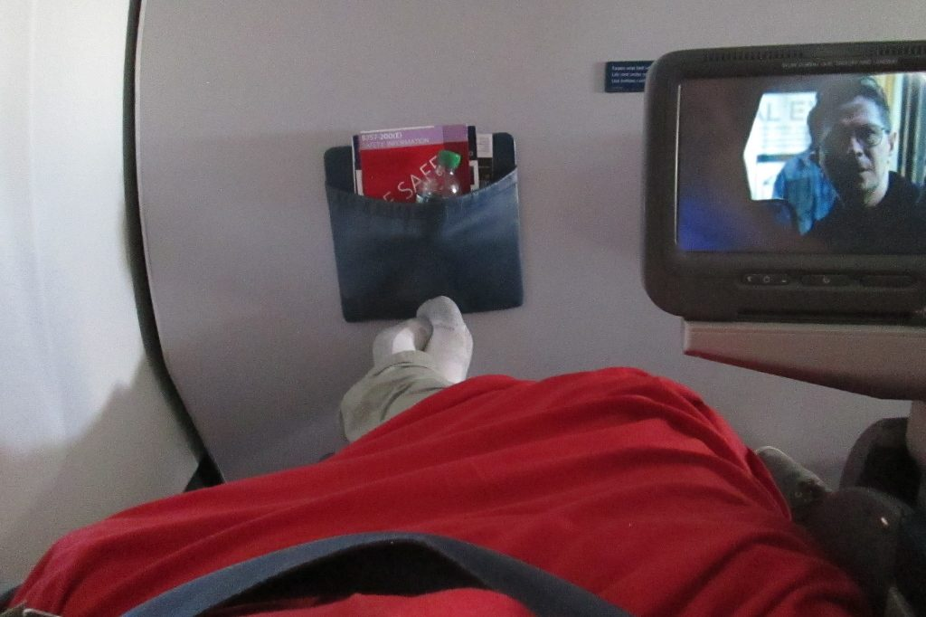 Delta Air Lines Boeing 757-200 Business Elite Class recliner seats and video screen Photos