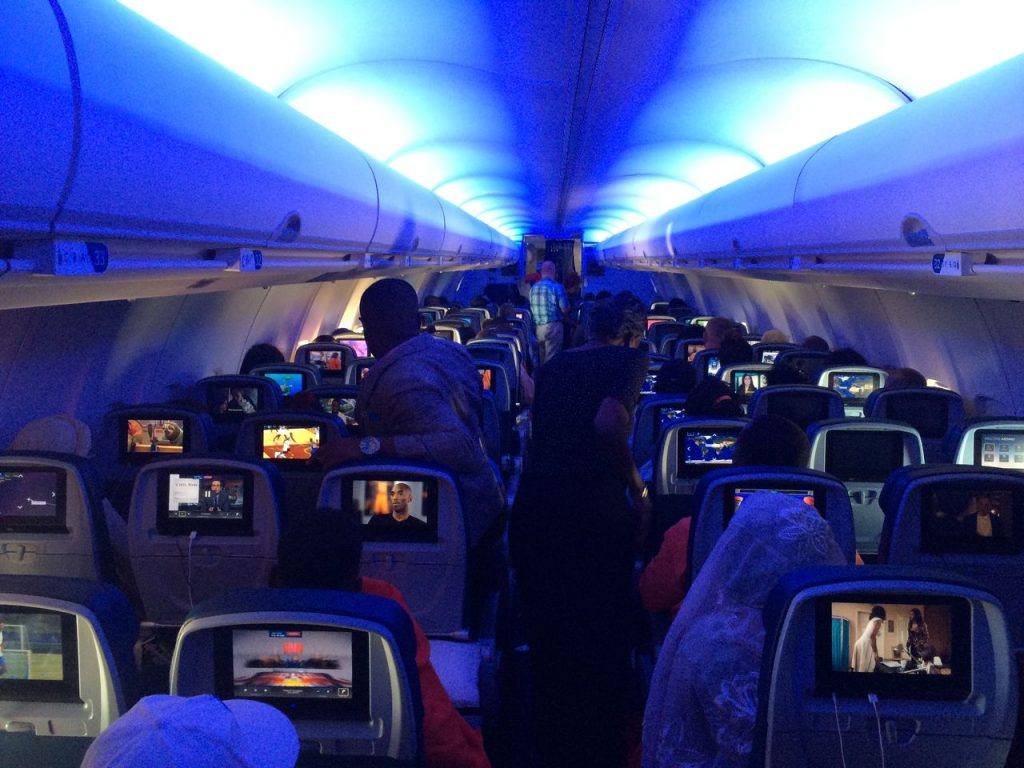 Delta Air Lines Boeing 757-200 Economy Class Cabin Inflight Mood Lightning Photos