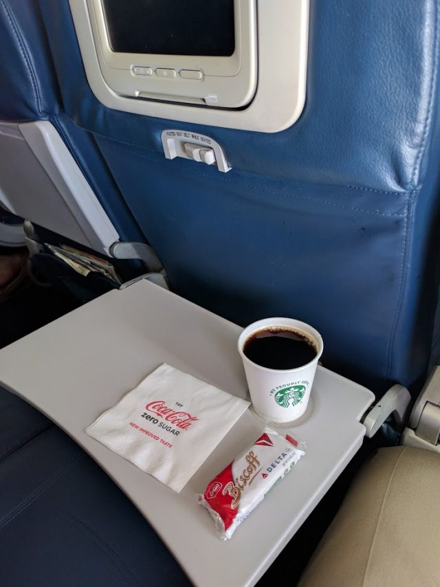 Delta Air Lines Boeing 757-200 Economy Class Inflight Amenities Service Snack and Coffee Photos