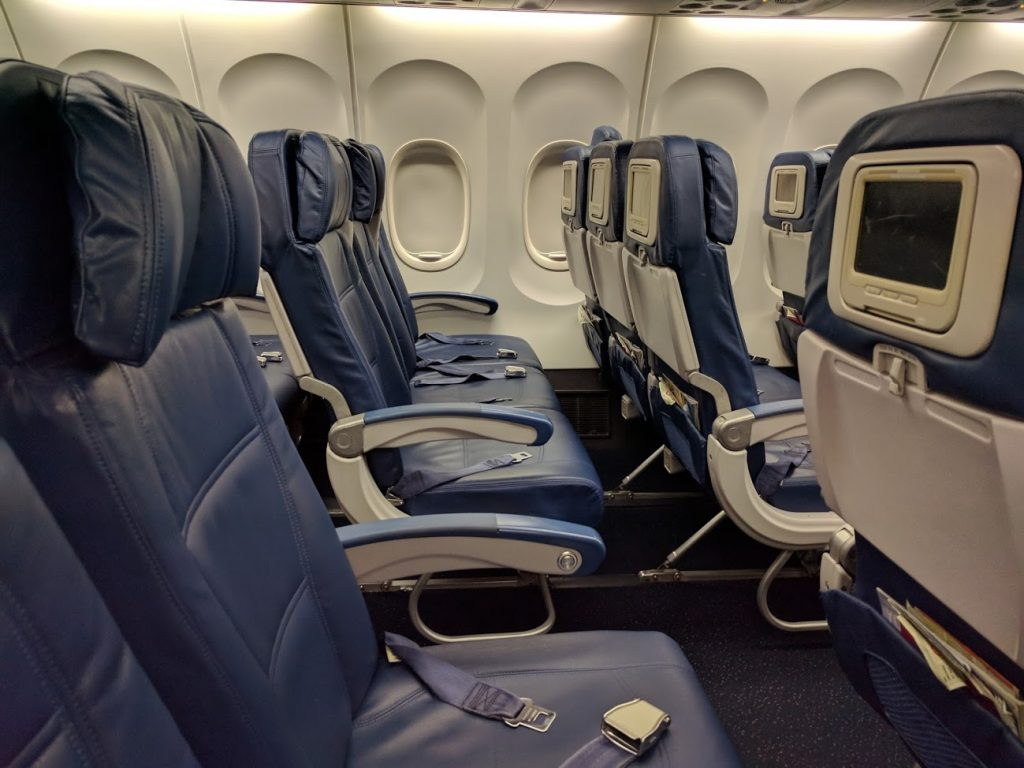Delta Air Lines Boeing 757-200 Economy Class Seats Row Layout Photos