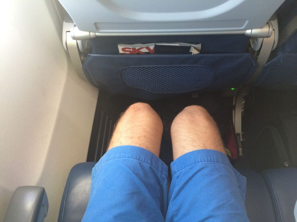 Delta Air Lines Boeing 757-200 Economy Class Standard Seats Legroom Photos