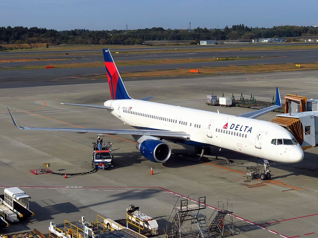 Delta Air Lines Boeing 757-200 N537US at Narita International Airport