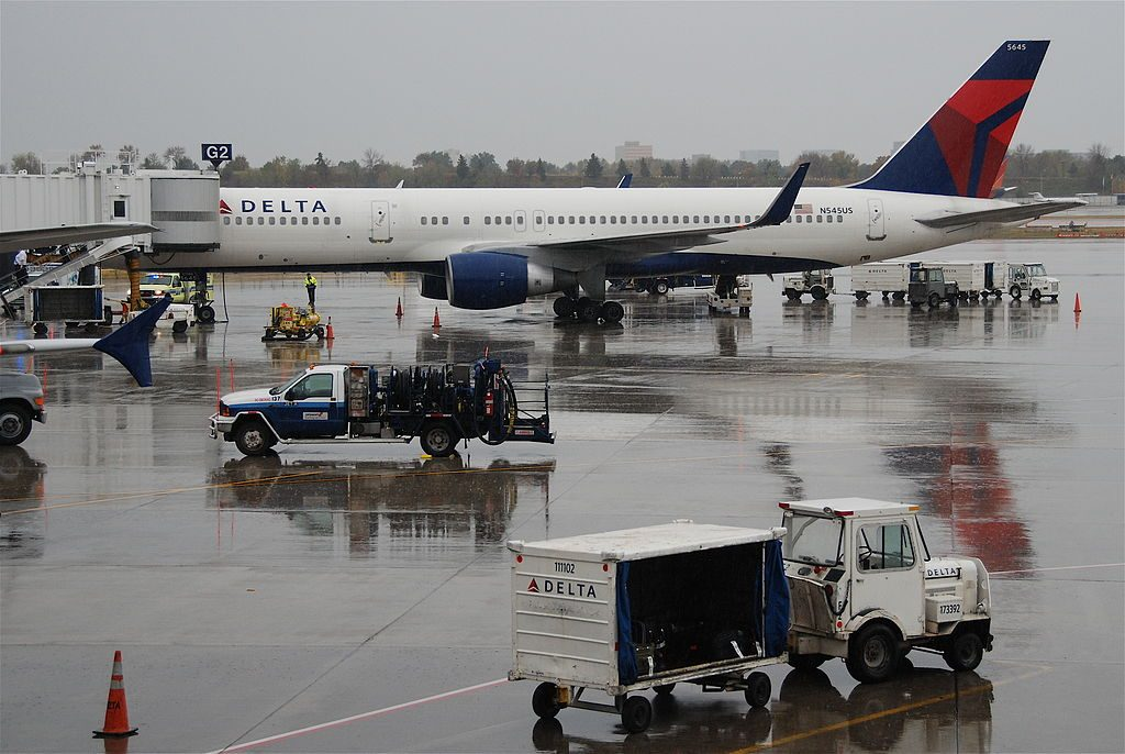 Delta Air Lines Boeing 757-251; N545US @MSP Minneapolis–Saint Paul International Airport