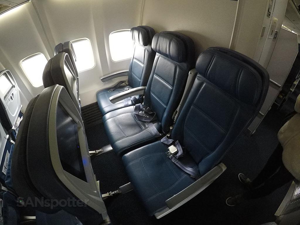 Delta-Air-Lines-Boeing-757-300-Economy-Class-Seats-Photos-@SANspotter.jpg