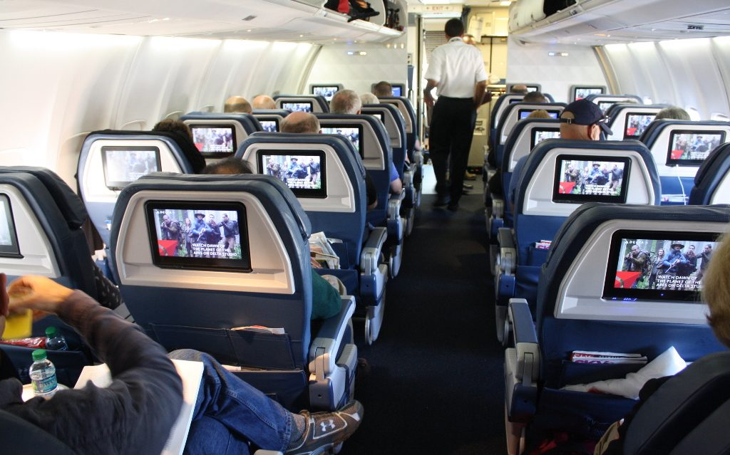 Delta Air Lines Boeing 757-300 refreshed first class cabins 2-2 seats layout photos