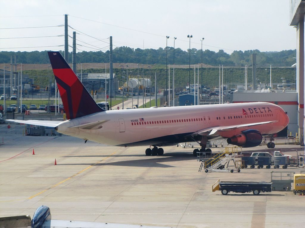 Delta Air Lines Boeing 767-300 N124DE Parking at Hartsfield-Jackson Atlanta International Airport