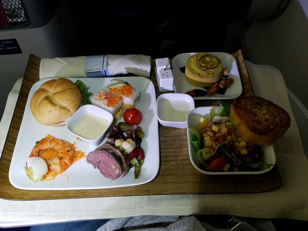 Delta Air Lines Boeing 767-300ER Business Class (First Delta One) Inflight Meal Services Photos