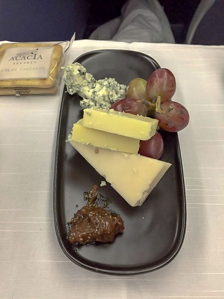 Delta Air Lines Boeing 767-300ER Business Class (First Delta One) Inflight amenities desert menu services Photos