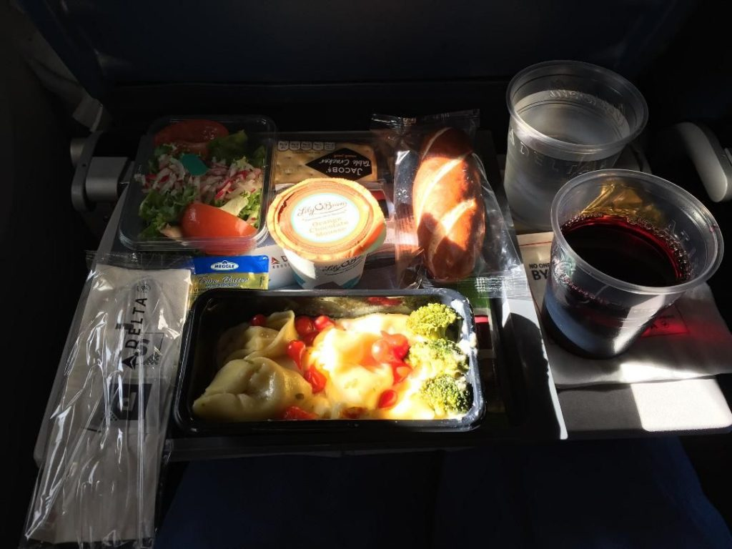 Delta Air Lines Boeing 767-300ER Business Class (First Delta One) Inflight amenities lunch menu services Photos
