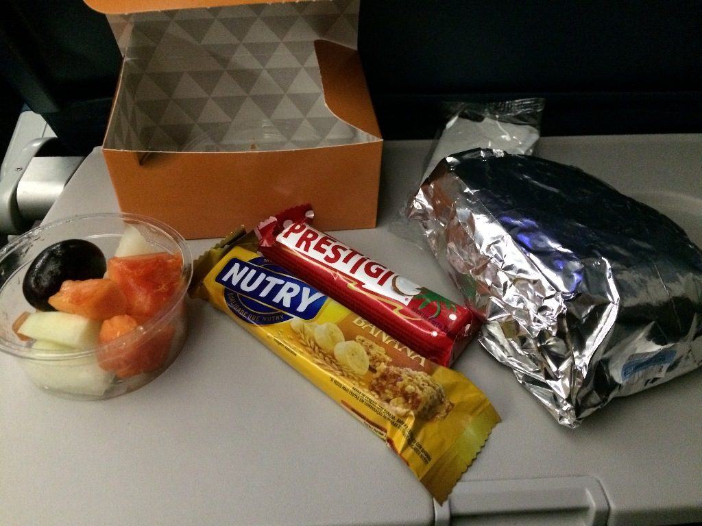 Delta Air Lines Boeing 767-300ER Main Cabin Economy Class inflight amenities breakfast food services Photos