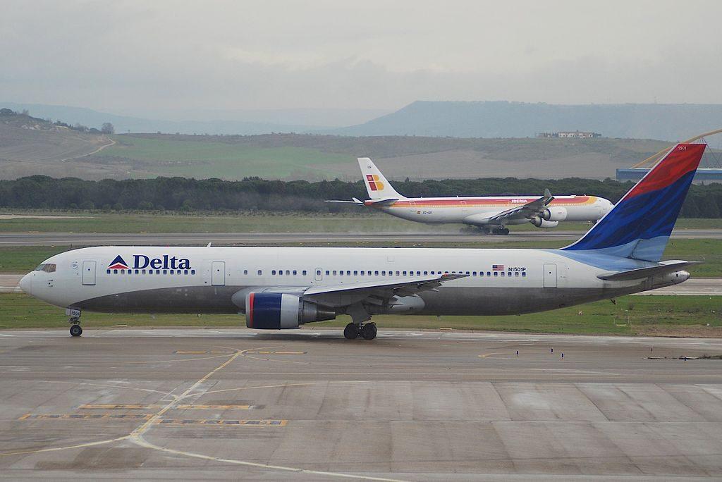 Delta Air Lines Boeing 767-3P6ER N1501P @MAD Adolfo Suárez Madrid–Barajas Airport