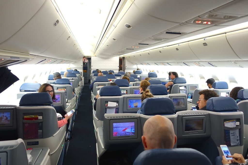 Delta Air Lines Boeing 767-400ER Business Class (DELTA ONE) Cabin Interior View Photos