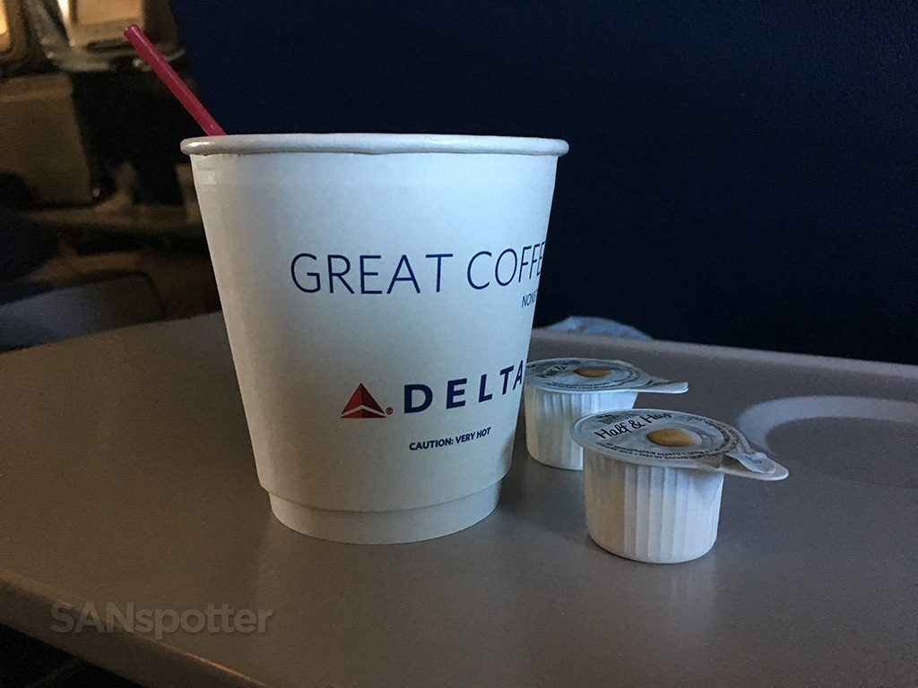 Delta-Air-Lines-Boeing-767-400ER-Premium-Economy-Comfort-inflight-amenities-beverage-service-@SANspotter.jpg