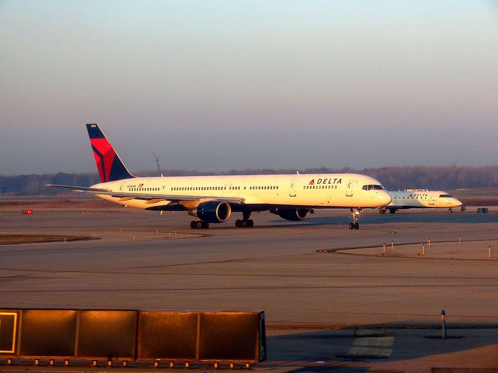 Delta Air Lines Fleet Boeing 757-300 N586NW Taxiing on Runway at Detroit Metropolitan Wayne County Airport