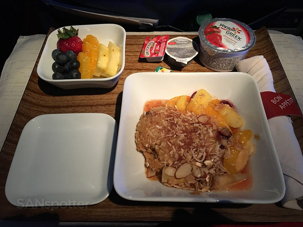 Delta Air Lines Fleet Boeing 767-300 domestic first class inflight amenities breakfast services oatmeal menus @SANspotter
