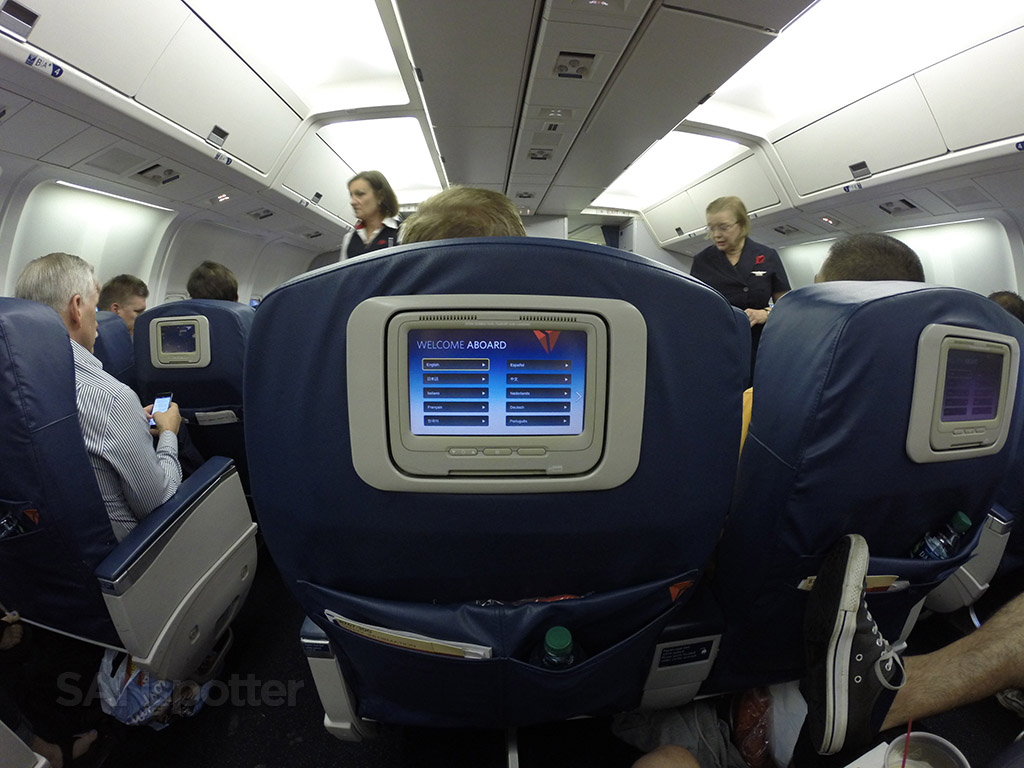Delta-Air-Lines-Fleet-Boeing-767-300-domestic-first-class-seats-PTV's-Photos-@SANspotter.jpg