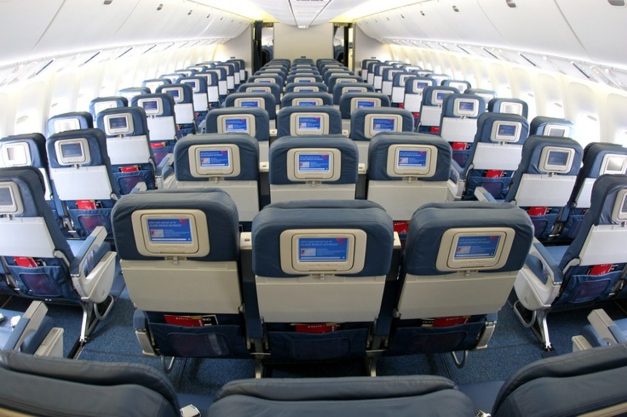Delta Air Lines Fleet Boeing 767-300 domestic main cabin economy class seats layout configuration photos