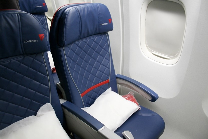 Delta Air Lines Fleet Boeing 767-300ER comfort+ (premium economy) window seats photos