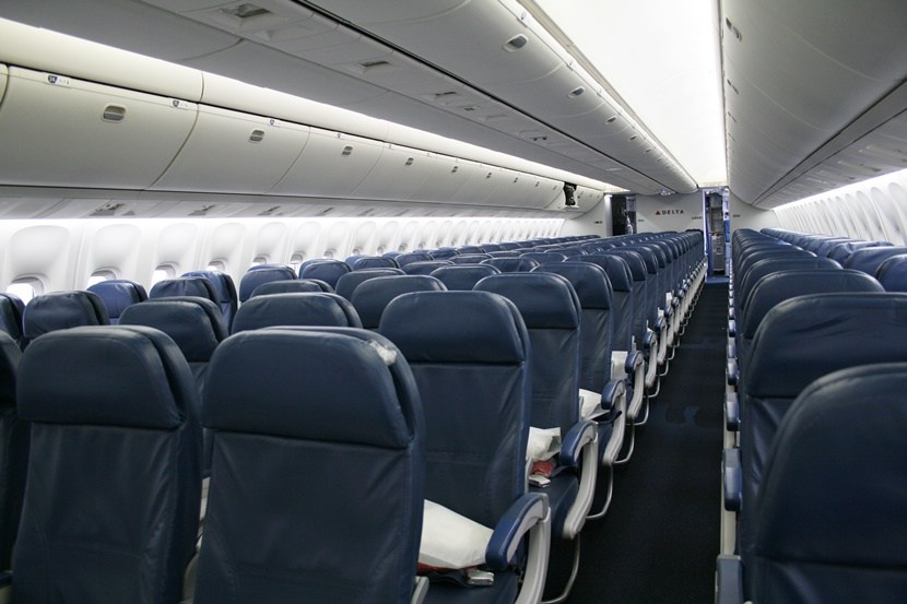 Delta Air Lines Fleet Boeing 767-300ER main cabin economy class seats layout configuration photos