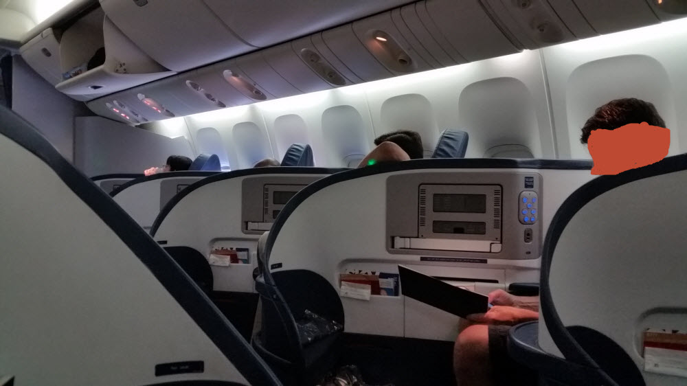Delta Air Lines Fleet Boeing 777-200ER Business Elite Class (DELTA ONE) cabin interior photos