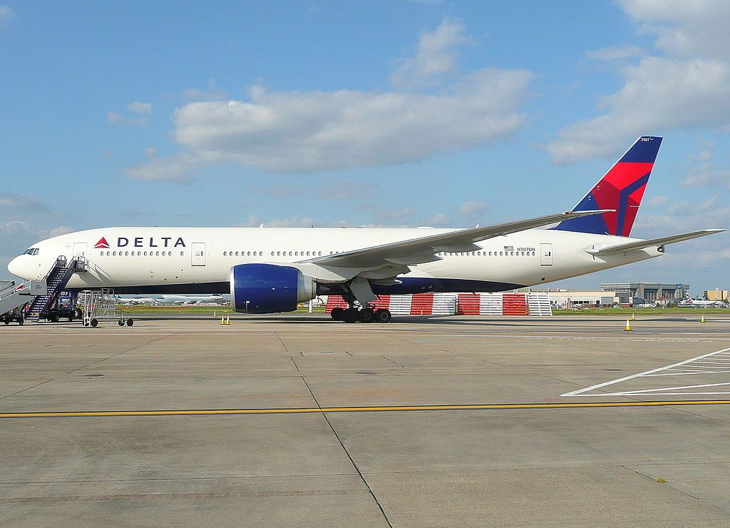 Delta Air Lines Fleet Boeing 777-200ER N707DN at Heathrow Airport, London UK