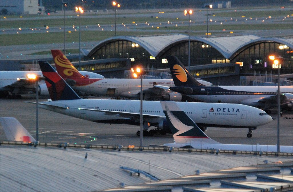 Delta Air Lines Fleet Boeing 777-200LR; N702DN @HKG Hong Kong International Airport (IATA- HKG, ICAO- VHHH) Chek Lap Kok