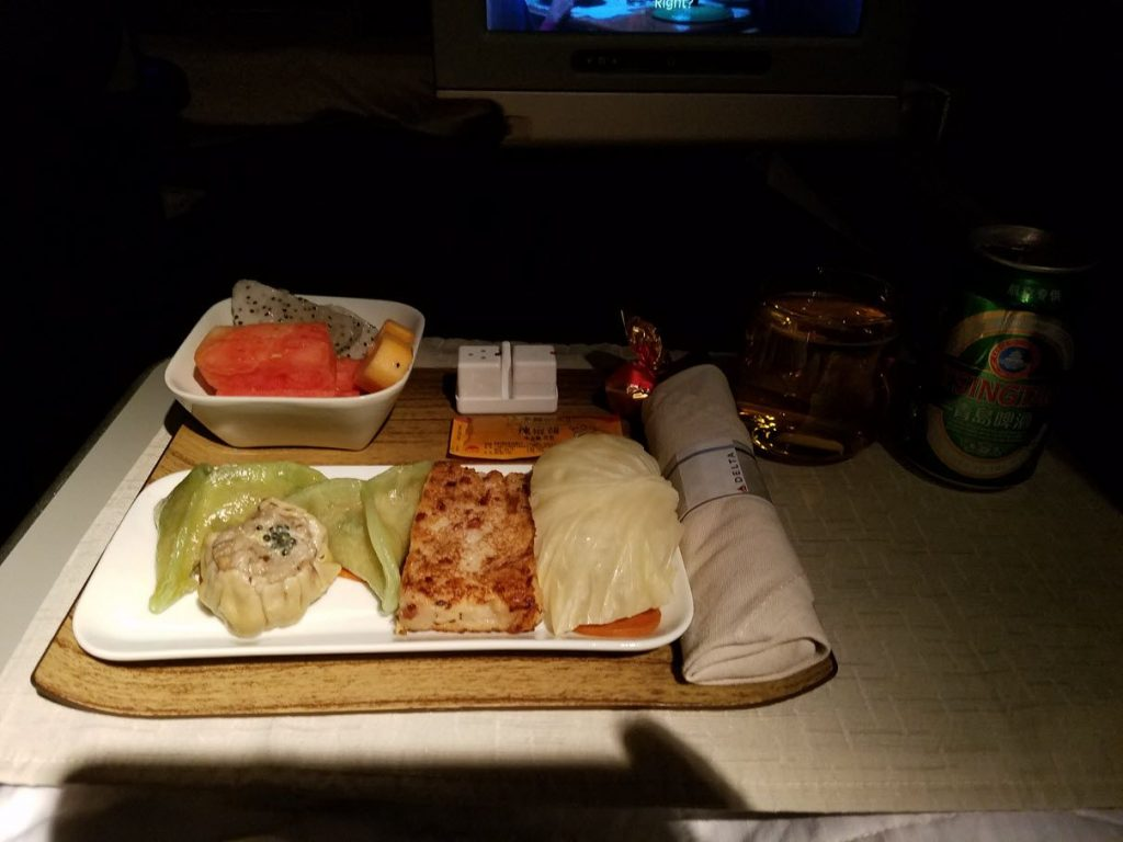 Delta Air Lines Fleet Boeing 777-200LR business elite:Delta ONE class cabin inflight meal services appetizer, salad, soup, main, cheese, and dessert photos-5