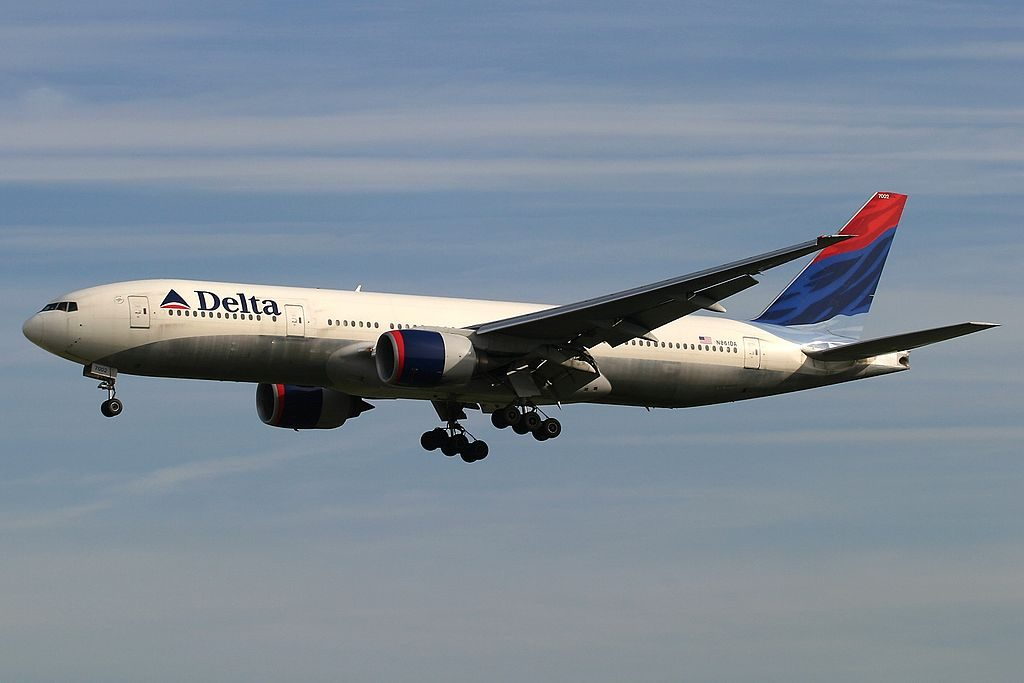 Delta Air Lines Fleet Boeing 777-232ER, N861DA on final approach at Frankfurt am Main (Rhein-Main AB) (FRA : FRF : EDDF), Germany
