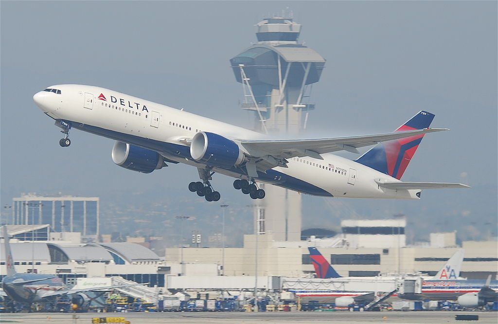 Delta Air Lines Fleet Boeing 777-232LR; N709DN @LAX Los Angeles International Airport
