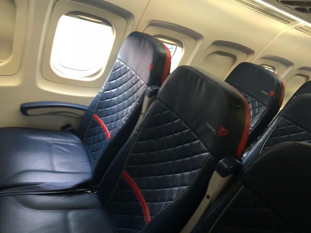 Delta Air Lines Fleet McDonnell Douglas MD-90-30 (M90) Premium Economy Comfort+ Seats Photos