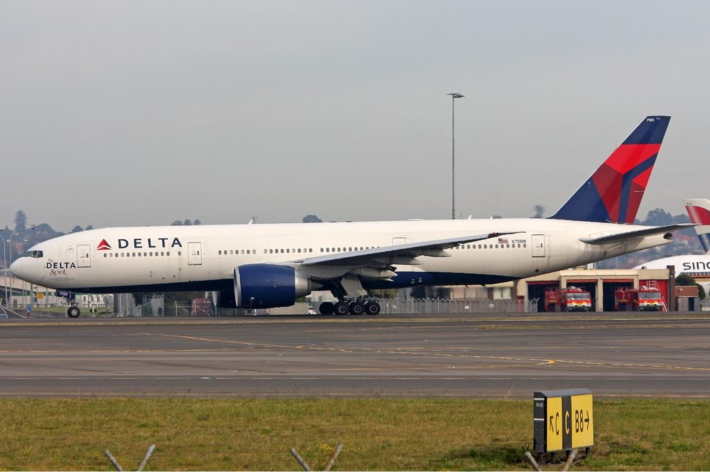 Delta Air Lines Fleet N701DN The Delta Spirit, Boeing 777-232LR at Sydney (Kingsford Smith) Airport Australia