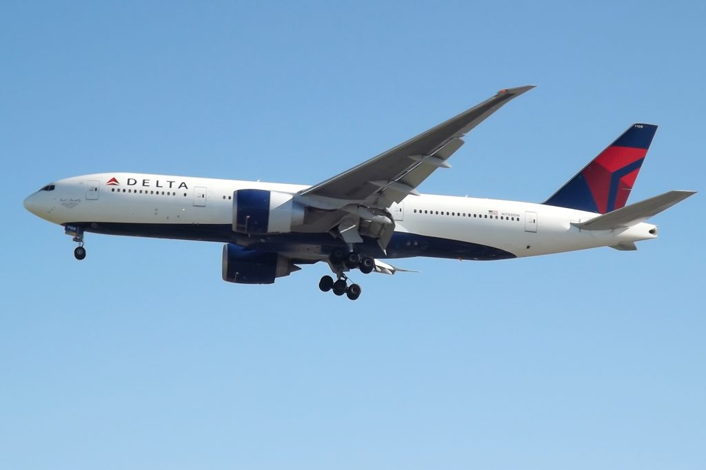 Delta Air Lines Fleet N708DN Boeing 777-200LR Widebody Long Haul Aircraft photos