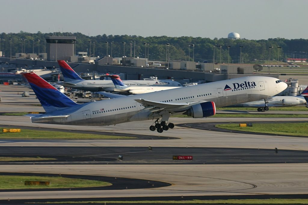Delta Air Lines Fleet N861DA Boeing 777-232(ER) at Hartsfield-Jackson Atlanta International