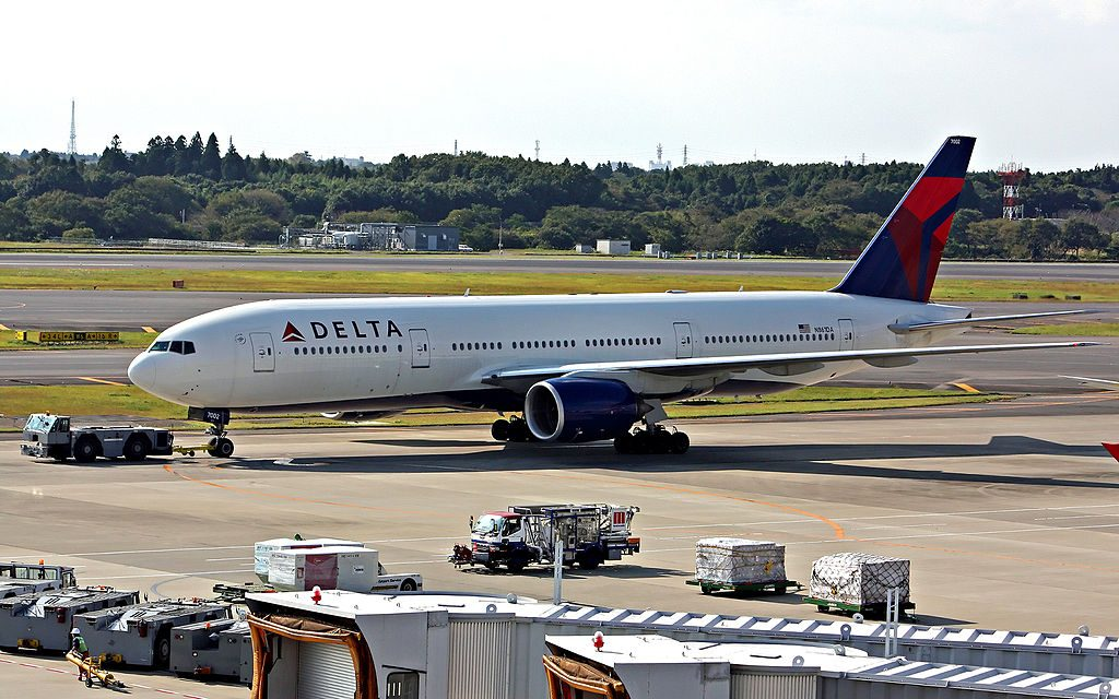 Delta Air Lines Fleet N861DA Boeing 777-232(ER) at Tokyo Narita International Airport (IATA- NRT, ICAO- RJAA) Japan