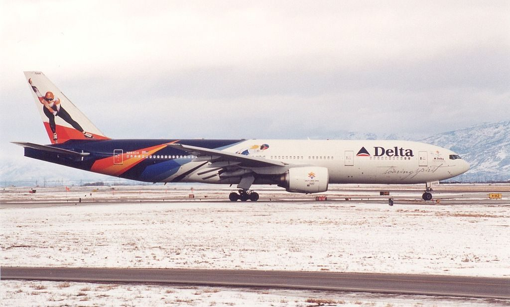 Delta Air Lines Fleet N864DA Boeing 777-232(ER) Special Livery Colors 2002 Winter Olympics in Salt Lake City