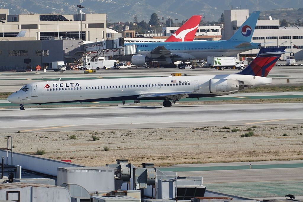 Delta Air Lines Fleet N902DA McDonnell Douglas MD-90-30 taxiing at Los Angeles International Airport (LAX)