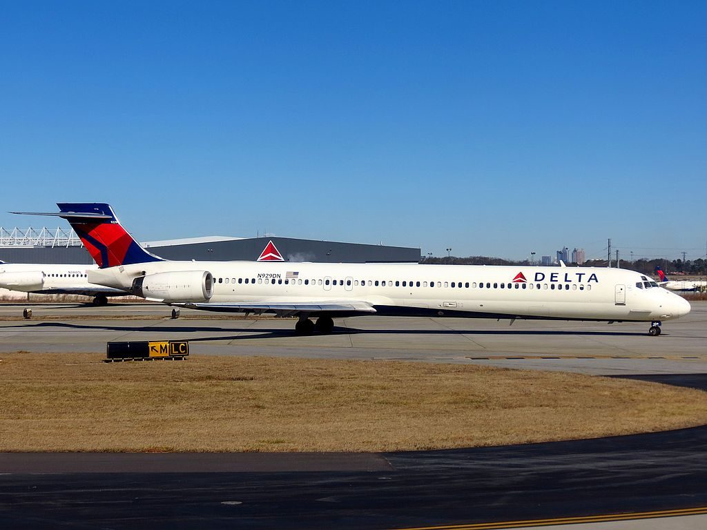 Delta Air Lines Fleet N929DN McDonnell Douglas MD-90-30 cn:serial number- 53459:2141 Hartsfield-Jackson Atlanta International Airport