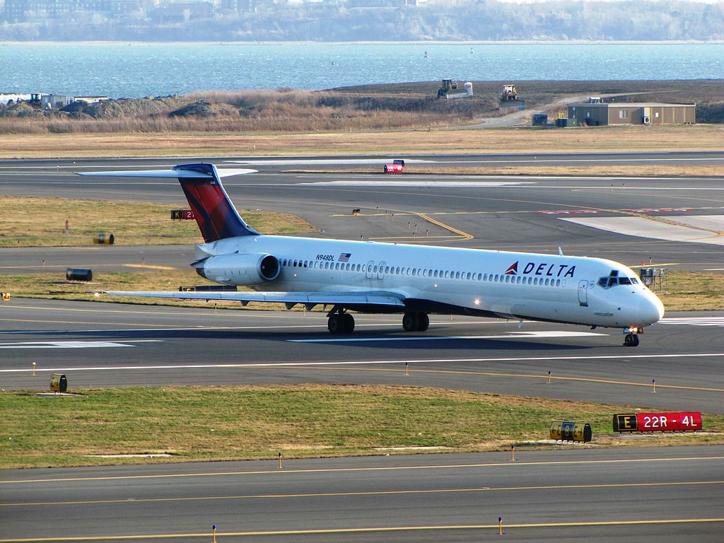 Delta Air Lines Fleet N948DL McDonnell Douglas MD-88 at General Edward Lawrence Logan International Airport
