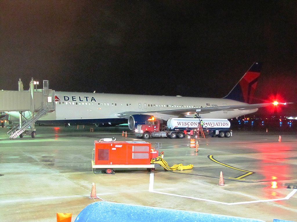 Delta Air Lines N138DL Boeing 767-300 at Boarding Gate Dane County Regional Airport