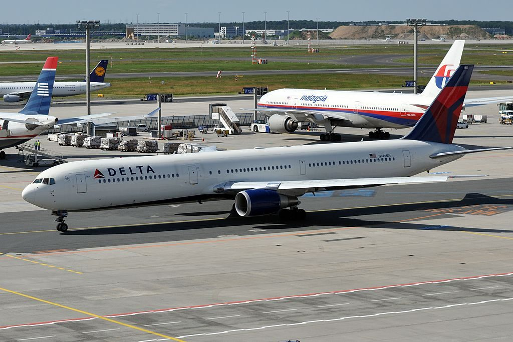 Delta Air Lines N826MH Widebody Aircraft Boeing 767-432ER at Frankfurt Airport (IATA- FRA, ICAO- EDDF) Germany