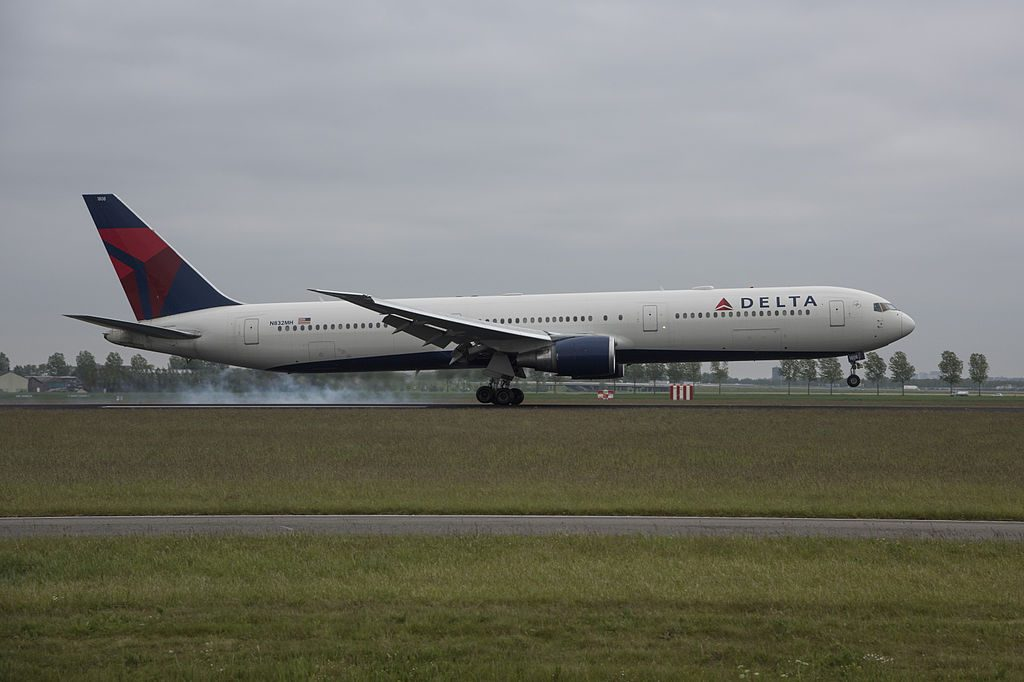 Delta Air Lines N832MH Boeing 767-432ER cn:serial number- 29704:807 at Amsterdam Airport Schiphol