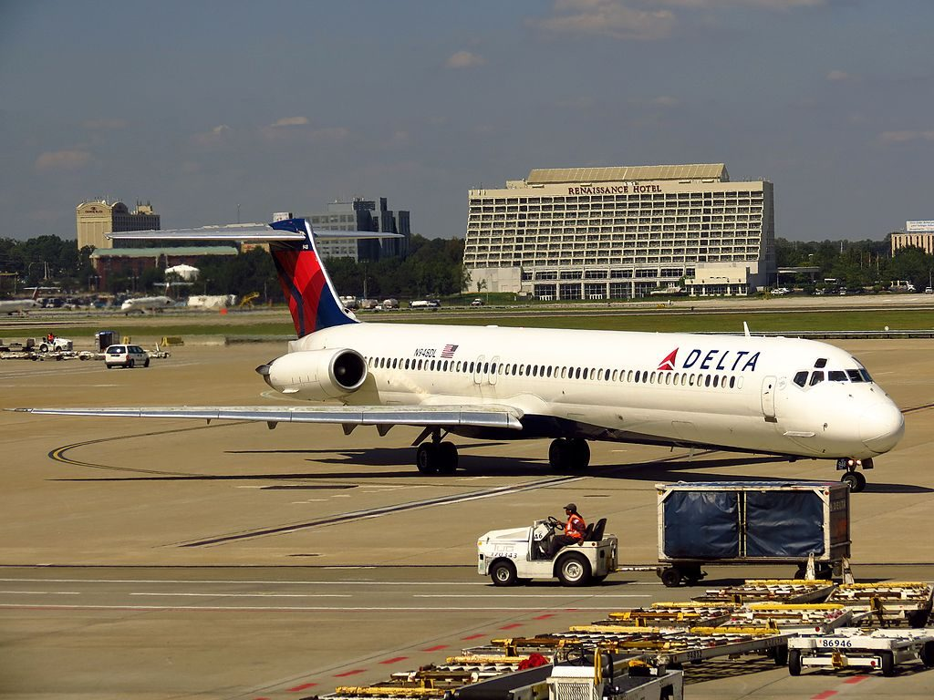Delta Air Lines Regional Jet Fleet N948DL McDonnell Douglas MD-88 taxiing Hartsfield-Jackson Atlanta International Airport