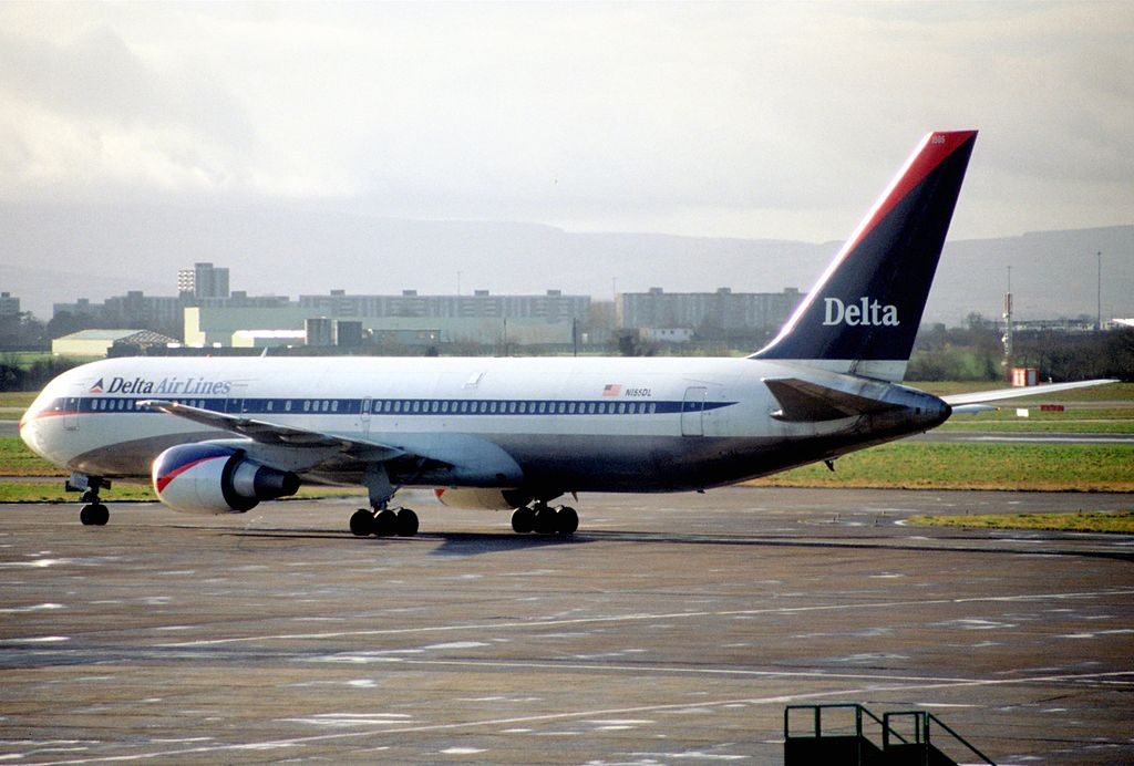Delta Air Lines Widebody Aircraft Boeing 767-3P6ER retro livery, N155DL @DUB Dublin Airport, Ireland