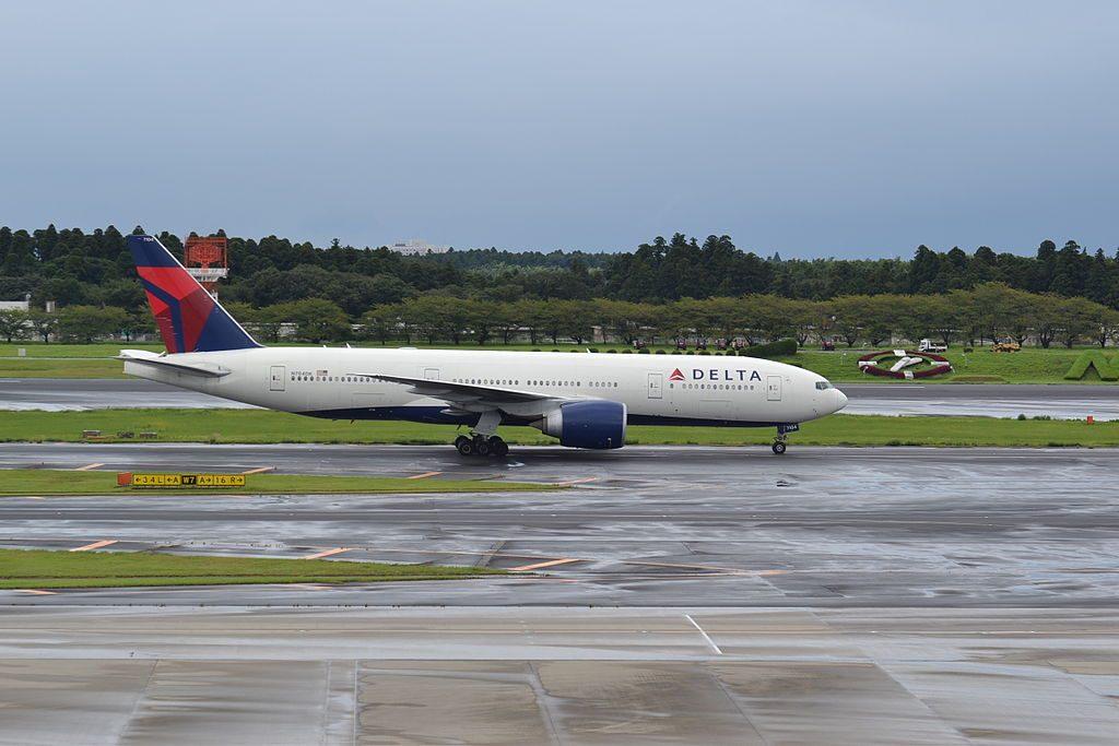 Delta Air Lines Widebody Aircraft Boeing 777-232LR; N704DK at Tokyo Narita-NRT,Japan