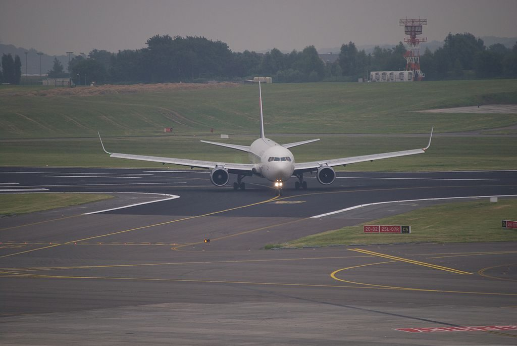 Delta Air Lines Widebody Aircraft Boeing B767-332ER Winglets N1611B leaving runway 25L at Brussels Airport