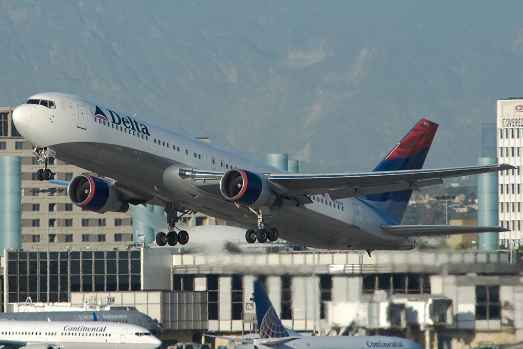 Delta Air Lines Widebody Aircraft Fleet Boeing 767-300 N1402A Climbing Up Shortly After Take off photos
