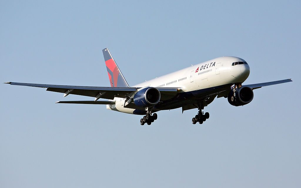 Delta Air Lines Widebody Aircraft Fleet N863DA Boeing 777-232(ER) c:n 29735, l:n 245 on final at Tokyo Narita Airport, Japan