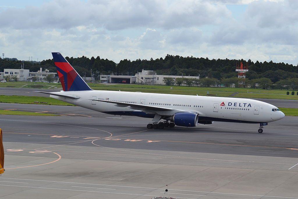 Delta Air Lines Widebody Aircraft Fleet N865DA Boeing 777-232(ER) at Tokyo Narita-NRT,Japan,04:09:13