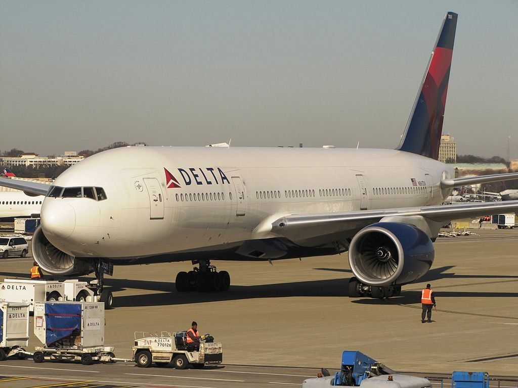 Delta Air Lines Widebody Aircraft Fleet N867DA Boeing 777-232(ER) at Hartsfield-Jackson Atlanta International Airport