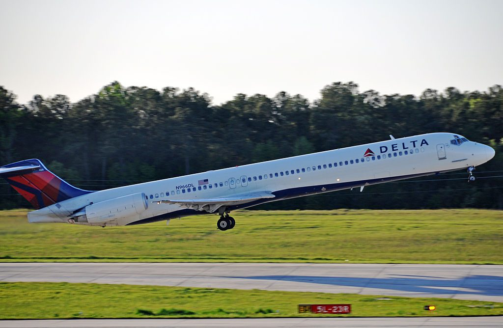 Delta Airlines McDonnell Douglas MD-88 N966DL at Raleigh-Durham International Airport (KRDU) flying to Hartsfield-Jackson Atlanta International Airport (KATL)